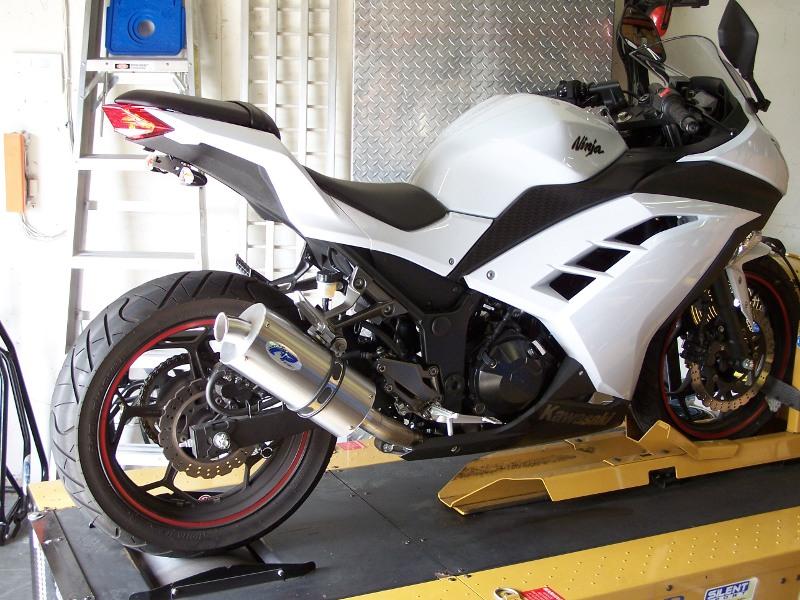 Kawasaki Ninja 300 Exhaust