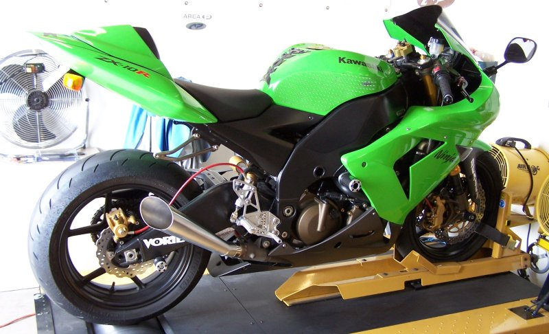 Kawasaki ZX-10R Slip-On Exhaust - Area P :: No Limits